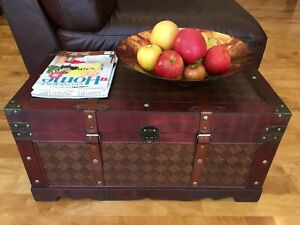 Brooklyn Park Wood Storage Trunk Wooden Hope Chest - Medium Size