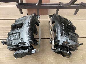 BMW e38 95-01 750i 750il 740d FRONT BRAKE CALIPERS. OEM RETROFIT. RARE