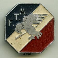 Insigne artillerie , FTA. /  14 éme. Région Militaire  ( reco. - alu  )