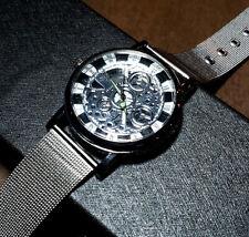New Men's Silver Luxury Stainless Steel Quartz Watch