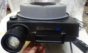 ** Vintage - KODAK Auto-Focus 35mm Carousel PROJECTOR - Model 760H - Lights up
