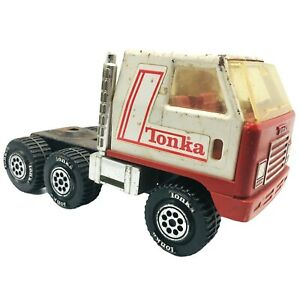 """Vintage Tonka Semi Cab Truck 9.5"""" Pressed Steel With Plastic 1978 Red White"""