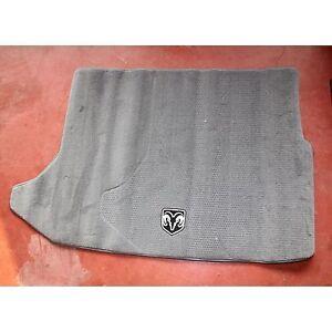 Tappeto bagagliaio originale Dodge Caliber 2007 82210173AB (3997 13-3-A-1)