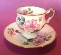 Elizabethan Pedestal Tea Cup And Saucer - Pink Poppies - Gold Rims - England
