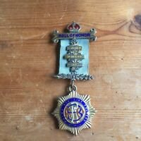 VINTAGE ENAMEL STERLING SILVER MASONIC ROLL OF HONOR MEDAL 20, 21 AND 52 L2539