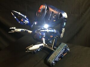 AMT Lost In Space Robot Model Kit 1/6 Scale - FULLY BUILT + LIGHTS