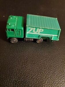 Vintage 7 UP DELIVERY TRUCK! MADE IN HONG KONG!