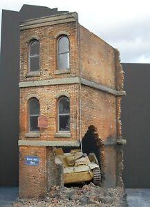 Dioramas Plus DP1 Brick Ruins 1/35 Scale Model Kit + Free $15 Base & Rubble