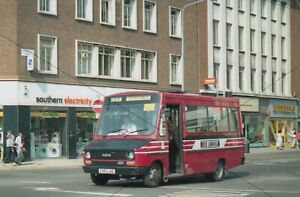 BUS PHOTO, PORTSMOUTH RED ADMIRAL PHOTOGRAPH PICTURE, FORD IVECO MINIBUS E951LAE