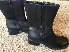 BLACK mid-calf LEATHER BOOTS Womens Sz 6.5M ZIPPER w stretch side. NEW Helice