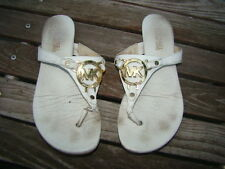 MICHAEL KORS MK WHITE LEATHER GOLD HARDWARE ACCENT THONGS FLIP FLOPS SANDALS 6 M