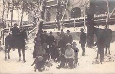 SELTEN  Privat-Foto AK 1914 Sagan / Żagań@Menschengruppe im Schnee@Pferd Hund