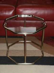Vintage Metal & Glass Mid Century Modern Plant Stand Display Table Side Table