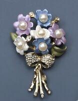 Vintage flower  Brooch Pin Enamel on gold tone metal