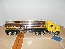 Equity Marketing,Shell Oil 1998 credit card issue # 3 tanker,1:32 scale,NIB