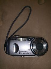 Sony Cyber-shot DSC-P93A 5.1MP Digital Camera - Silver With Carrying Case