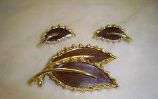 SARAH COVENTRY Wooden Beauty Demi Parure Pin Brooch Clip Earrings 1968 Vintage