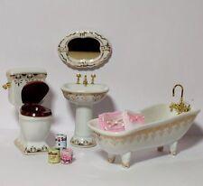 Badezimmer Set Porzellan Konvolut mit Deko Puppenstube  1:12 Handtuch Klopapier