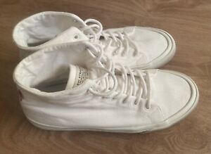 Men's Levi's Summit White Mid Top Canvas Ortholite Recycled Sneaker Shoes size 8