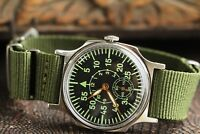 Pobeda Wrist Watch Pilot  Komandirskie Green Mechanical Military