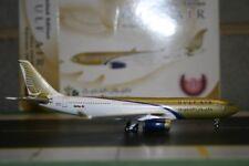 Phoenix 1:400 Gulf Air Airbus A330-200 A4O-KC (PH4GFA159) Die-Cast Model Plane