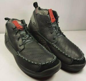 Crocs Shoes Men's Linden Chukka Boots Black Leather 10545 Near Mint! Size 10.5