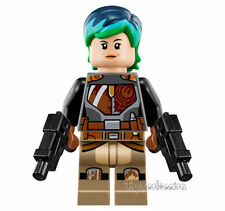Lego STAR WARS Minifigure Sabine Wren minifig with weapons Green hair 75150