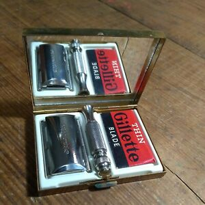 VINTAGE GILLETTE TRAVEL TECH SAFETY RAZOR J-1 1964 IN GOOD USED CONDITION...