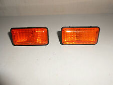 VW Golf MK3 pair Side Indicator/repeater lights & bulb holders 1H0 949 111