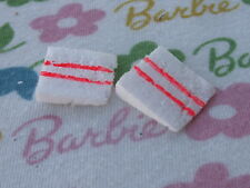 BARBIE® HOSTESS SET tutti BIRTHDAY TWO FAKE CAKE SLICES (2) PIECES IN THIS LOT!
