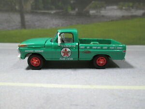 1970 FORD F-100 PICKUP TEXACO FILLING STATION  WEATHERED  LOOSE S SCALE DIE-CAST