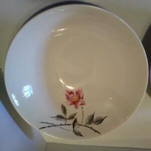 2 Universal Ballerina Rosette Vegetable Serving Bowl Vintage Pink Rose
