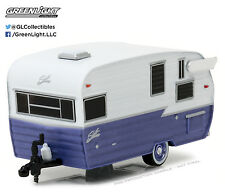 1:64 GreenLight 2017 *HITCHED HOMES #1* PURPLE & WHITE Shasta Camper Hitch Tow