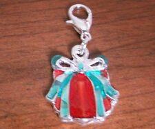 charms argentée cadeau rouge et vert