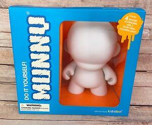 "Kidrobot Munny Do-It-Yourself Blank Vinyl Toy POP 7"" V4 Complete DIY 2004"