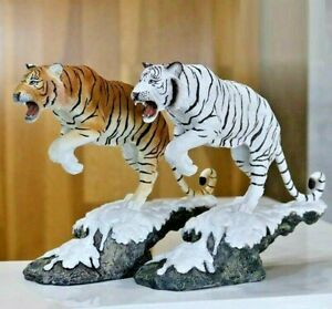 Lucky Simulation Tiger Statue Sculpture Figurine Tabletop Home Office Decoration