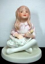 1982 Frances Hook 'My Dollys' Porcelain Figurine