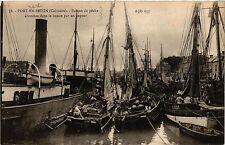 CPA  Port-en-Bessin - Barque de Peche  (380646)