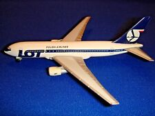 LOT Polish Airlines Herpa Boeing 767-200 1:500 FIRST VERSION OLD ENGINES RARE!