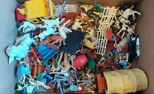 Vintage 1970's toy plastic soldiers/wagons/cowboys etc - job lot bundle