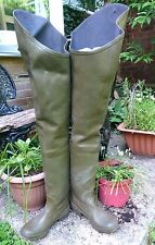 Rubber waders green CEBO size 8