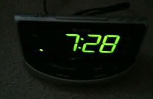 Sony ICF-C492 Dream Machine Large Display Clock AM/FM Radio Alarm PRE-OWNED BOXD