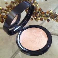 Mally Beauty Glowing Goddess Luminizer Illuminateur - BRAND NEW. Full Size.