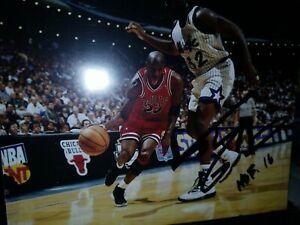 Signed Shaquille O'Neal Autographed 8x10 photo Signature Guarding Michael Jordan