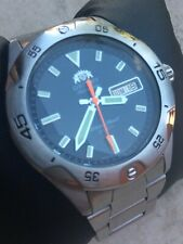 ORIENT SUB DIVER AUTOMATIC DAY-DATE WR 200 M MADE IN JAPAN - RARE DIVING WATCH