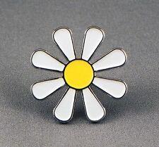Metal Enamel Pin Badge Brooch Daisy Hippy Flower Power Love Luv Peace Free White