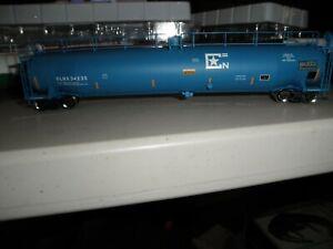 US Air Force - GLNX-        ACF 33,000 gallon tank car   # 34235