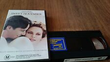 SWEET NOVEMBER - CHARLIZE THERON, KEANU REEVES - VHS VIDEO