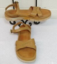 Women's BORN SANDALS Size 10M Leather natural beige color. Made in Mexico