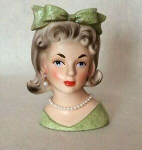 Vintage 50s Green Relpo 1696 LADY HEAD VASE with Pearl Jewelry & Hair Bow
